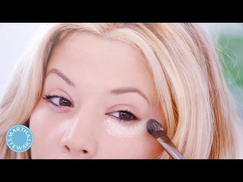 How to Conceal Under Eye Circles – Beauty in 5 – Martha Stewart